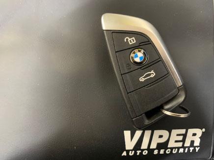 BMWX2のVIPER取り付け例