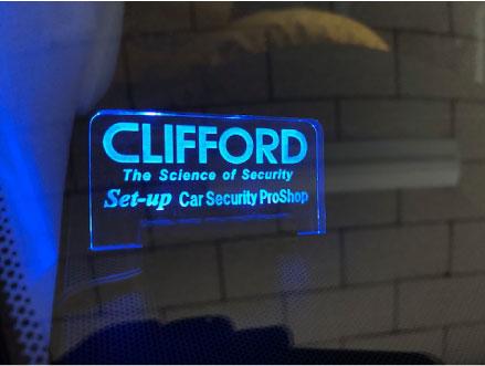 レクサスLXのCLIFFORDとIGLA取り付け例