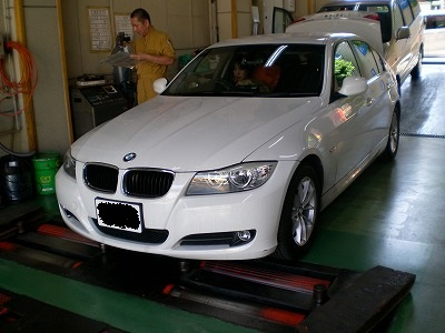 BMW 3シリーズ 23500km走行