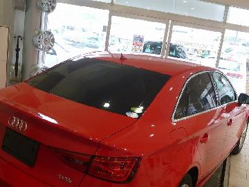 Audi A3セダン フィルム施工 SC−7008