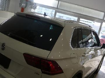 VW ティグアン(AD1)新車 フィルム施工 シルフィード SC−7020
