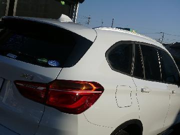 BMW X1 新車フィルム施工 シルフィード SC−7020 FGR−500
