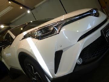 トヨタ C−HR 新車ボディーコーティング作業