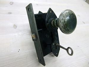 ドアノブアンティークピューター ADP-02