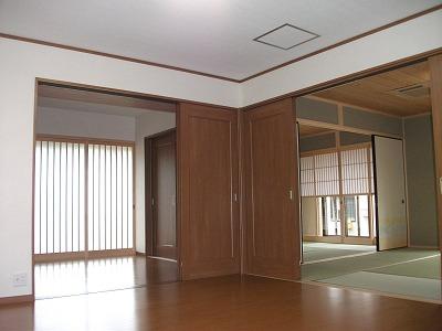 1F洋室〜和室