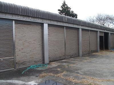牛舎床補強、入口柱被せ工事(東近江市 高校)