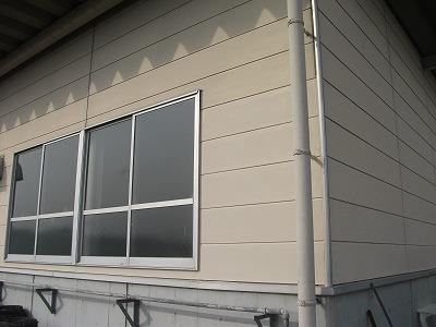 ベンチレーター取替え、外壁補修工事(東近江市 高校)