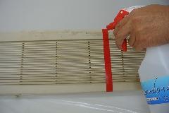 強アルカリイオン電解水を使用したエアコン室内機カバー洗浄効果の検証2
