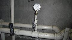 立川市公共施設 冷却水圧力計交換修繕