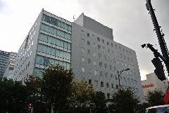 東京都大田区オフィスビル壁面洗浄(薬品洗浄)