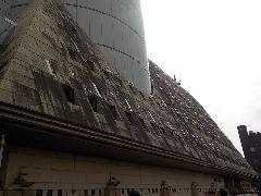 東京都 大型公共施設 外壁石材(御影石)高圧洗浄(石材高圧洗浄)