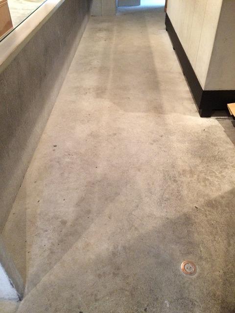 コンクリート床