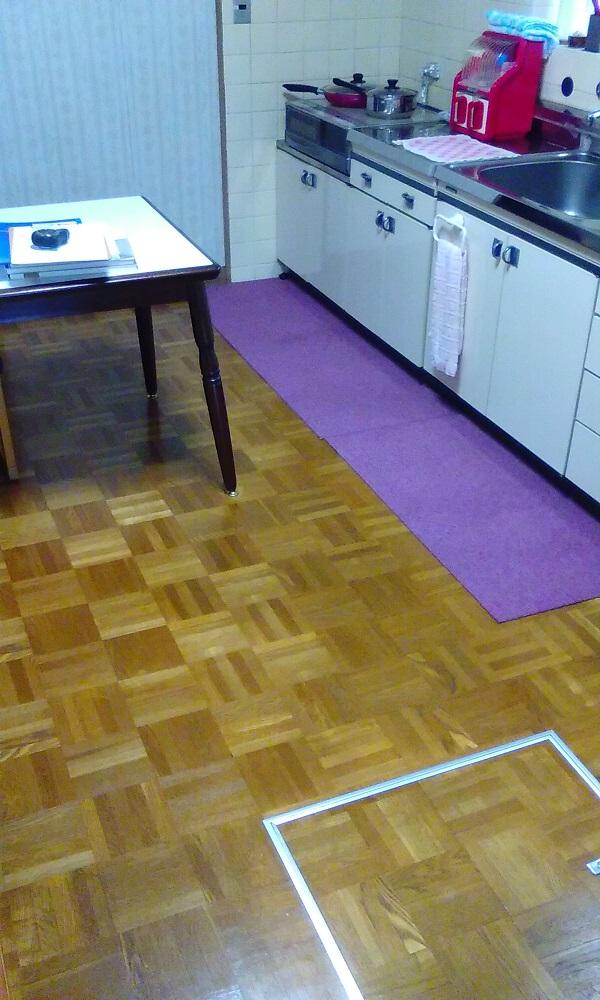 K邸 キッチン床before2
