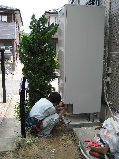 エコキュート給水、給湯配管 工事
